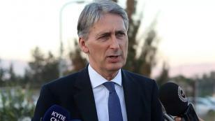 İngiltere Dışişleri Bakanı Hammond Suriye'deki ittifaka isyan etti